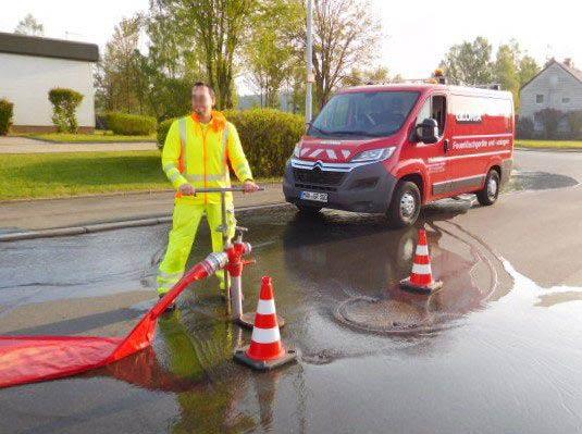Prüfung von Unterflurhydranten - Brandschutztechnik Godeck-Rucker